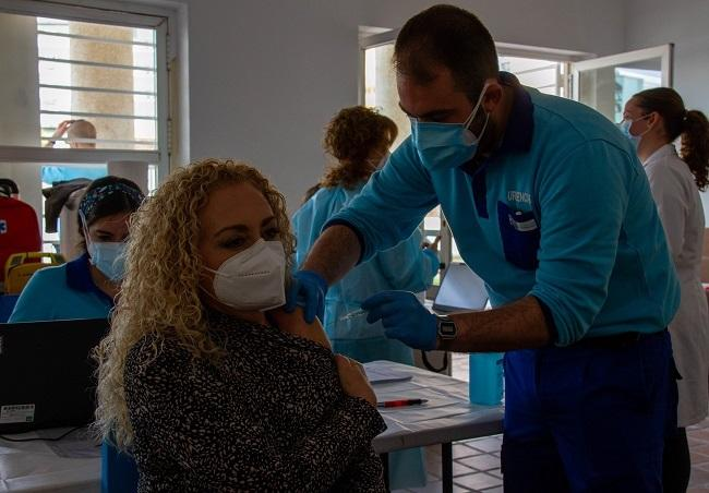 Imagen de archivo de la vacunación de docentes.