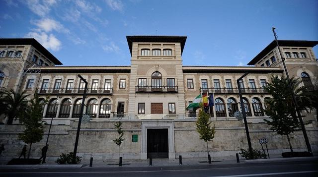 Edificio de la Normal, sede de la Delegación de Educación.