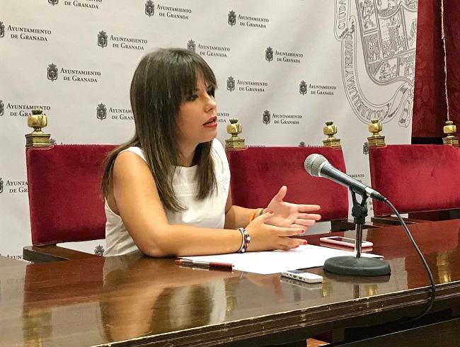 La concejala Lorena Rodríguez, en rueda de prensa.