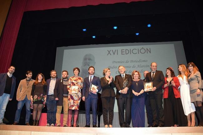 Foto de familia de la entrega de los Premios Pedro Antonio de Alarcón.