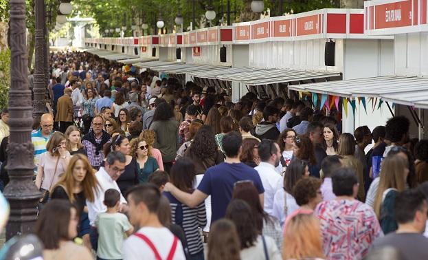 La Feria del Libro ha contado con mucho público.
