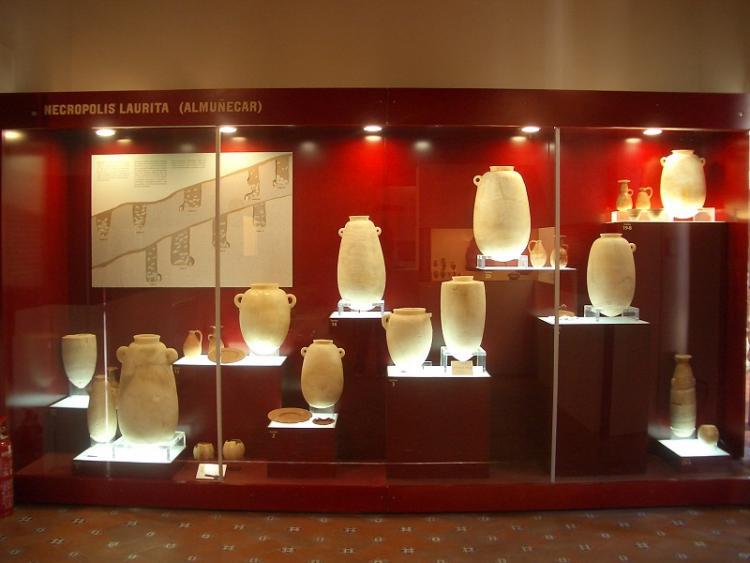 Conjunto de alabastrones egipcios procedentes de la Necrópolis de Laurita, en Almuñécar.