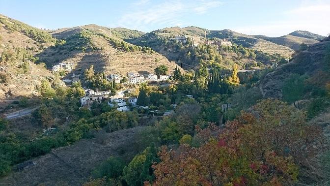 Valle del río Darro en el entorno de la Abadía del Sacromonte.