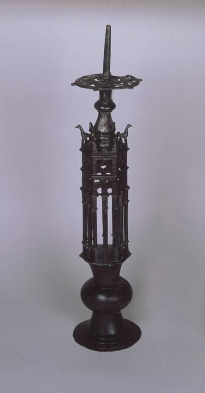 Portacandil de Medina Elvira, con soporte.