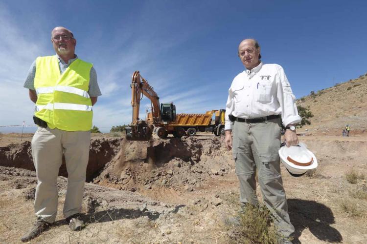 El equipo que buscó los restos de Lorca en Alfacar el pasado otoño.