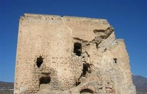 Castillo de Castell de Ferro, en estado ruinoso.