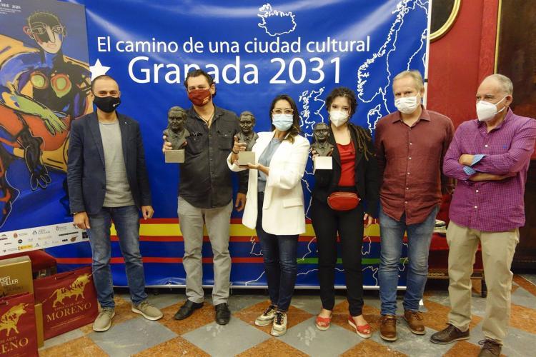 Presentación del festival, con las estatuillas de los Premios Lorca.