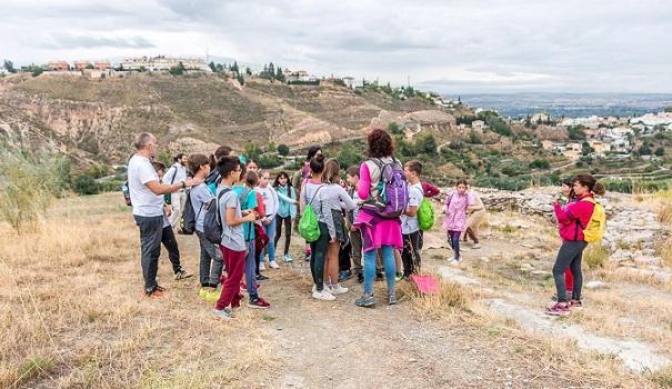 Una de las visitas al Cerro de la Encina.
