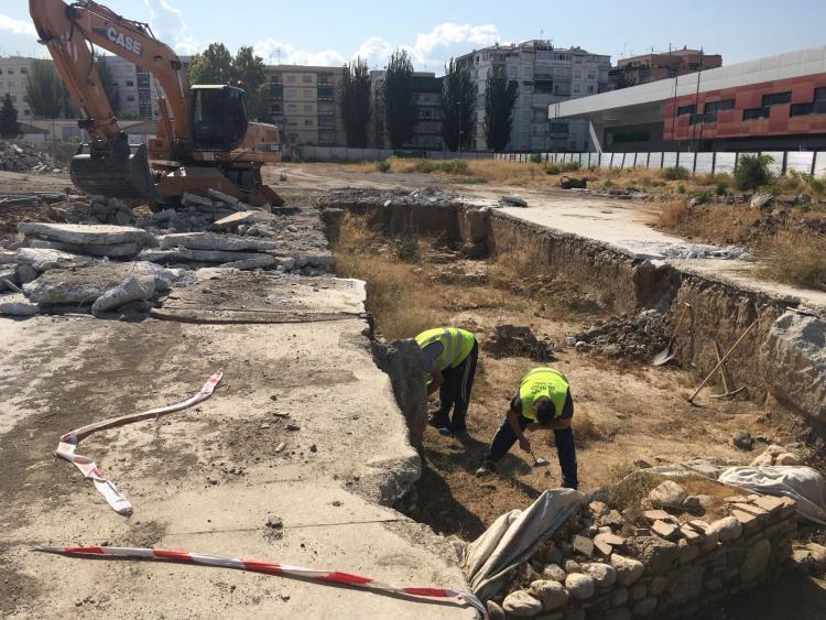 Imagen de la nueva excavación en el solar de Mondragones.