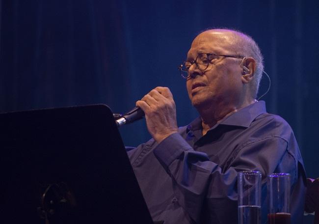 Pablo Milanés, durante su concierto en Motril.