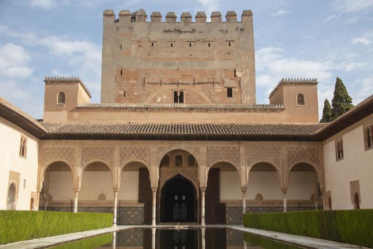 El patio de los Arrayanes, de la Alhambra.