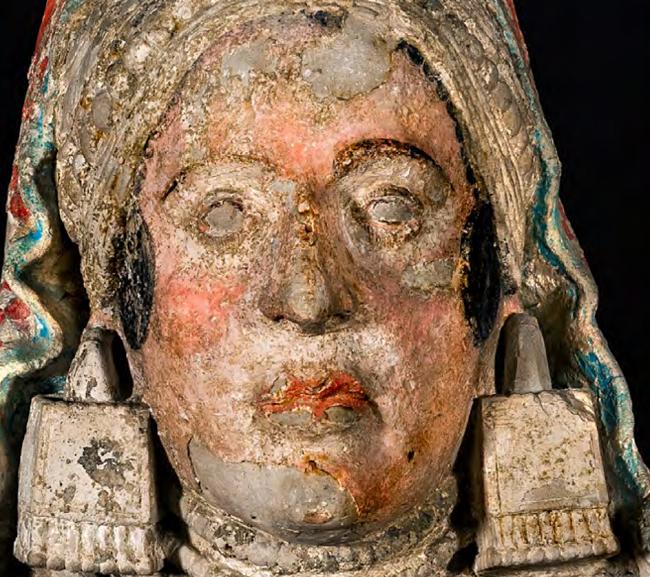 Imagen extraída del estudio 'La Dama de Baza. Nuevas aportaciones a su estudio iconográfico a través del color y la fotografía'.
