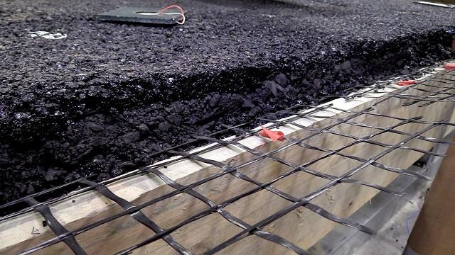 Ensayos con nuevos tipos de asfalto en el laboratorio.