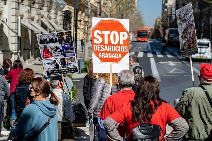 Una de las protestas de Stop Desahucios en Granada.