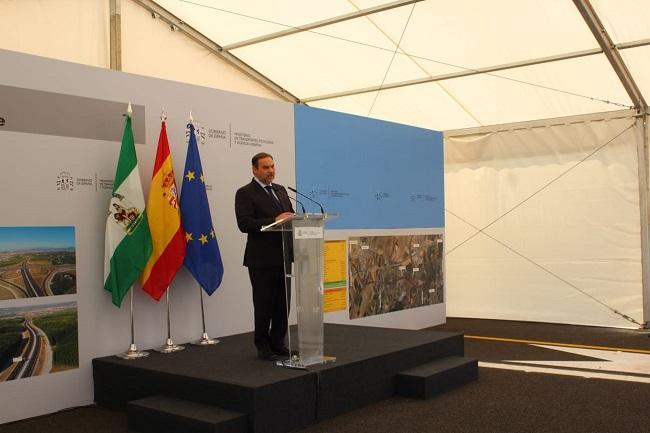 El ministro José Luis Ábalos, durante su intervención.