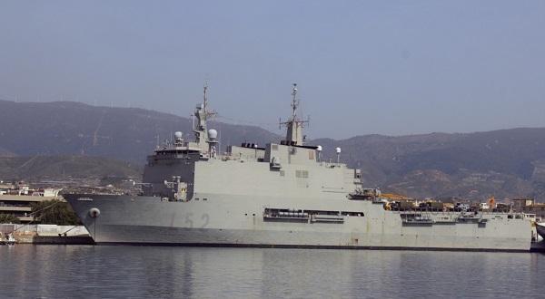 El buque Castilla permanecerá atracado todo el fin de semana en el Puerto de Motril.