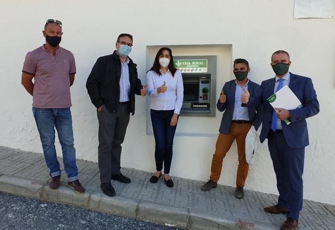 Inauguración del cajero automático en Charches, pedanía de Valle del Zalabí