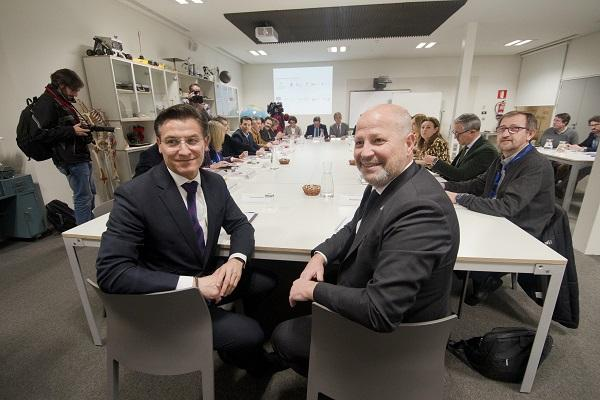 Reunión del Consejo Rector.