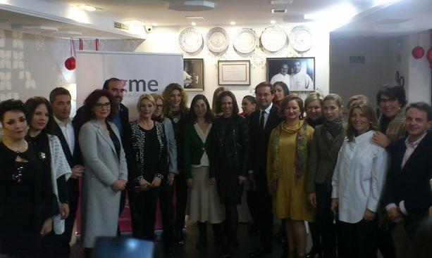 Empresarias y representantes políticos e institucionales, en el desayuno de AGME.