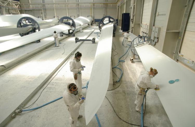 Numerosos entornos laborales tienen exposición a sustancias químicas.