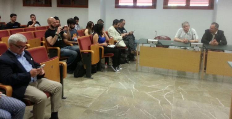 Imagen de la fase final del Certamen Proyectos Libres de la UGR.