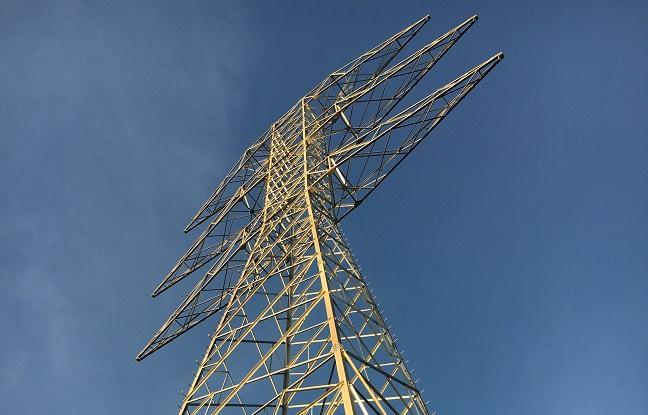 Imagen de línea de alta tensión.