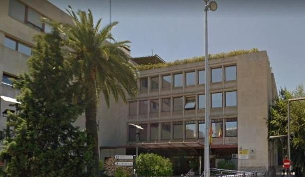 Sede de la Agencia Tributaria en Granada.