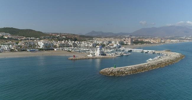Manilva dispone de ocho kilómetros de litoral.