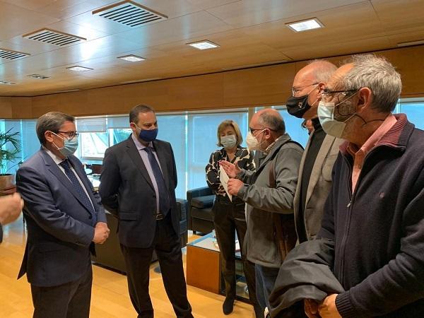 Reunión con el ministro Ábalos de los representantes de la plataforma.