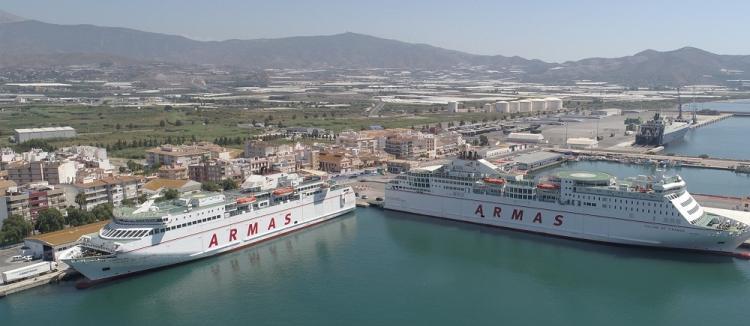 El Puerto de Motril sigue creciendo, pese a las adversidades.