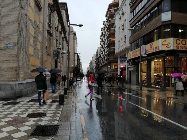 Recogidas, una de las calles comerciales más afectadas por los cierres de empresa.