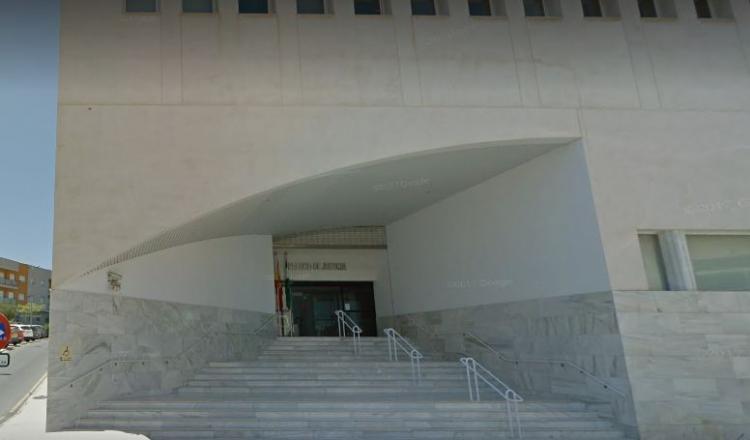 Edificio de los juzgados de Motril.