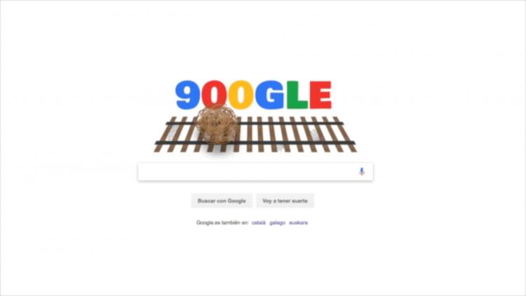 El vídeo comienza recreando un 'doodle' sobre los 900 días sin trenes.