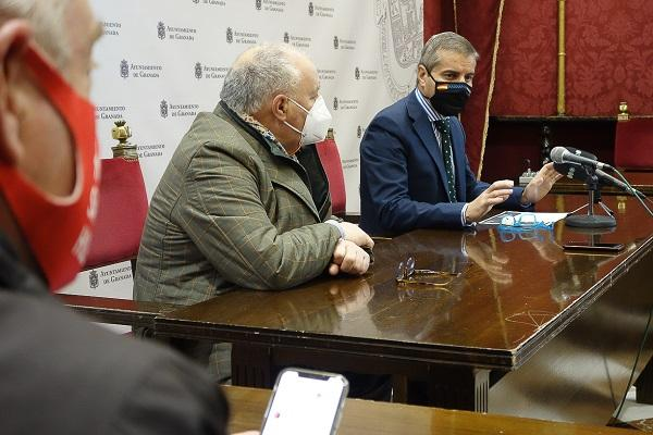 César Díaz y Gregorio García, este lunes en rueda de prensa.