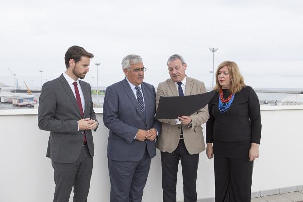 Visita del consejero de Economía al Puerto.
