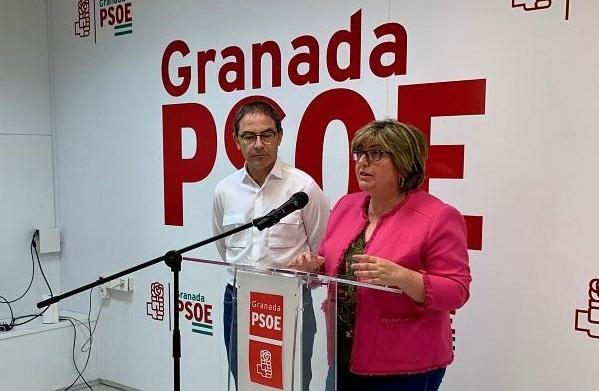 Ana Muñoz, junto a Miguel Ángel Madrid.
