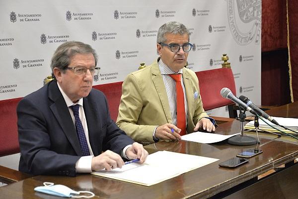 Luis González y César Díaz, este viernes en rueda de prensa.