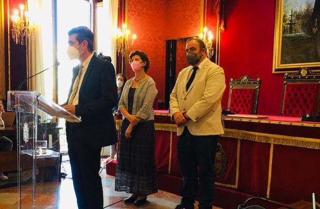 Cambril, junto a Elisa Cabrerizo y Paco Puentedura.