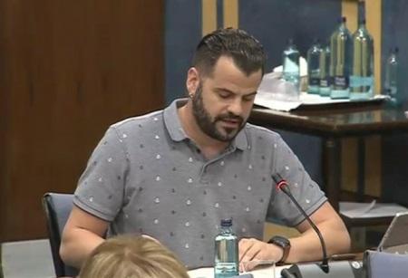 Jesús Fernández en una comisión parlamentaria.