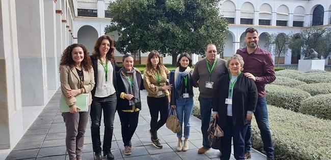 Una reunión de representantes del colectivo en el Parlamento andaluz, en imagen de archivo.