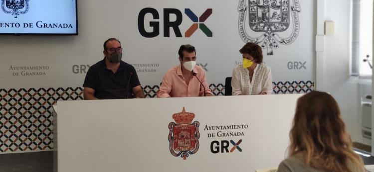 Antonio Cambril con Elisa Cabrerizo y Francisco Puentedura.