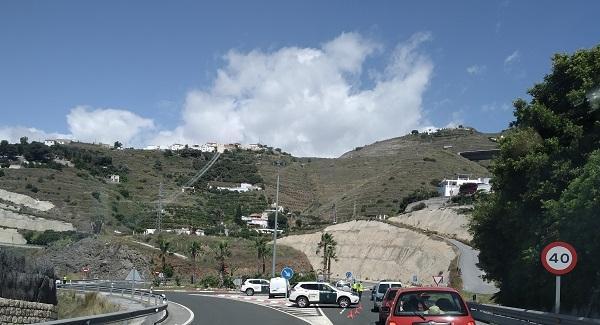 Imagen de archivo de un control de acceso a la localidad.