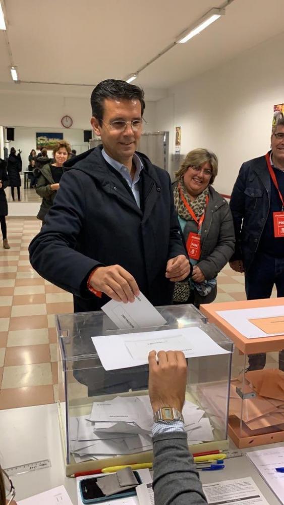 Francisco Cuenca, el pasado 10N en su colegio electoral.