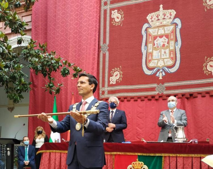 Cuenca, investido alcalde de Granada.