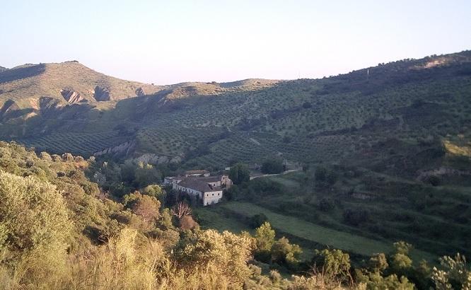 Valle del río Darro, con la Hacienda Jesús del Valle en el centro.