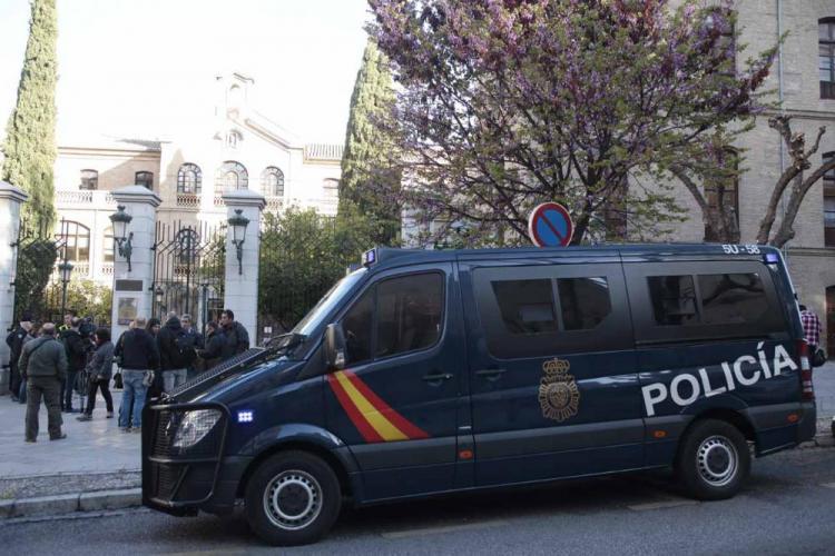 Imagen del registro policial en la sede de Urbanismo el pasado abril.