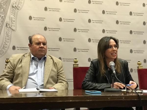 Robles y Díaz, este martes en el Ayuntamiento.