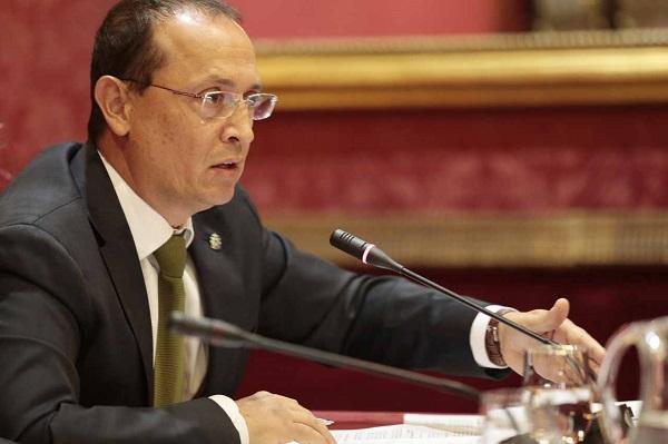 El concejal Fernando Egea en un pleno municipal.