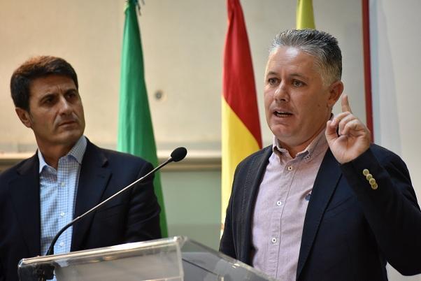 Villegas y Fernández, en rueda de prensa.