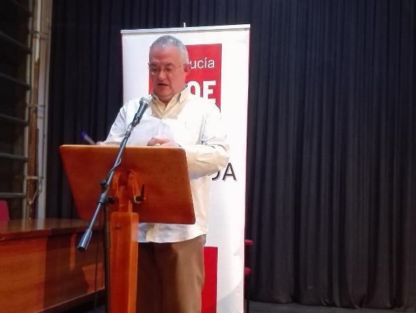 José María Rueda interviene en la asamblea.